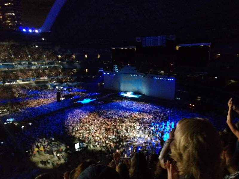 Rogers Centre, section: 516R, row: 10, seat: 05