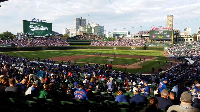 Wrigley Field, section: Infield Terrace Reserved Prefe, row: 10, seat: 104