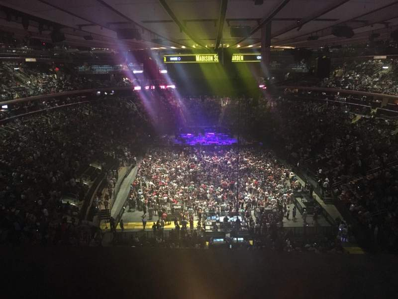 Madison Square Garden, section: 304, row: 14, seat: 1