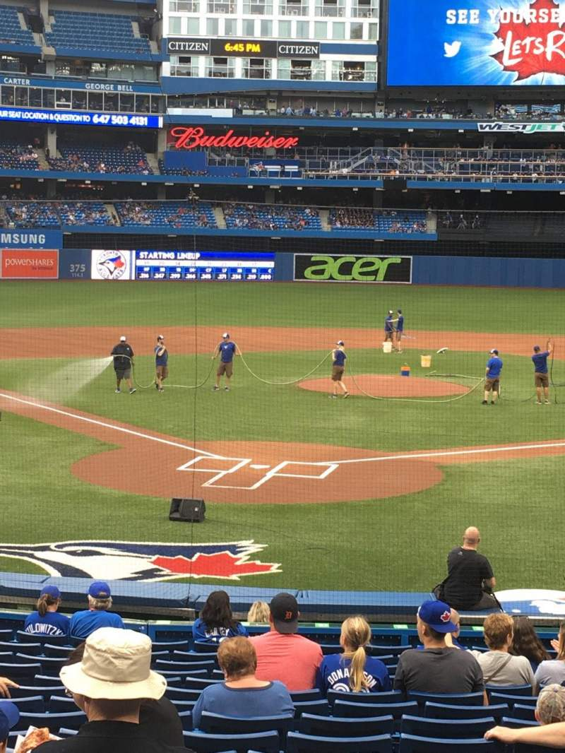 Rogers Centre, section: 120L, row: 21, seat: 110