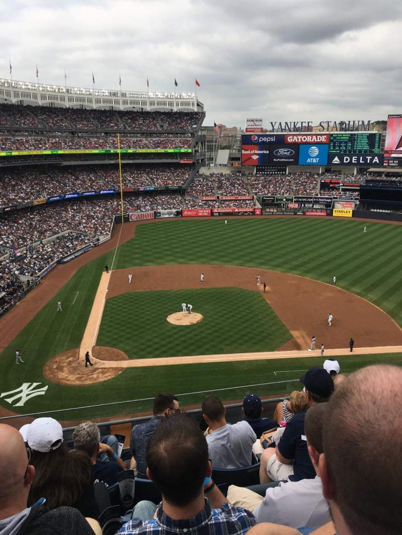 Seating view for Yankee Stadium Section 317 Row 6 Seat 9