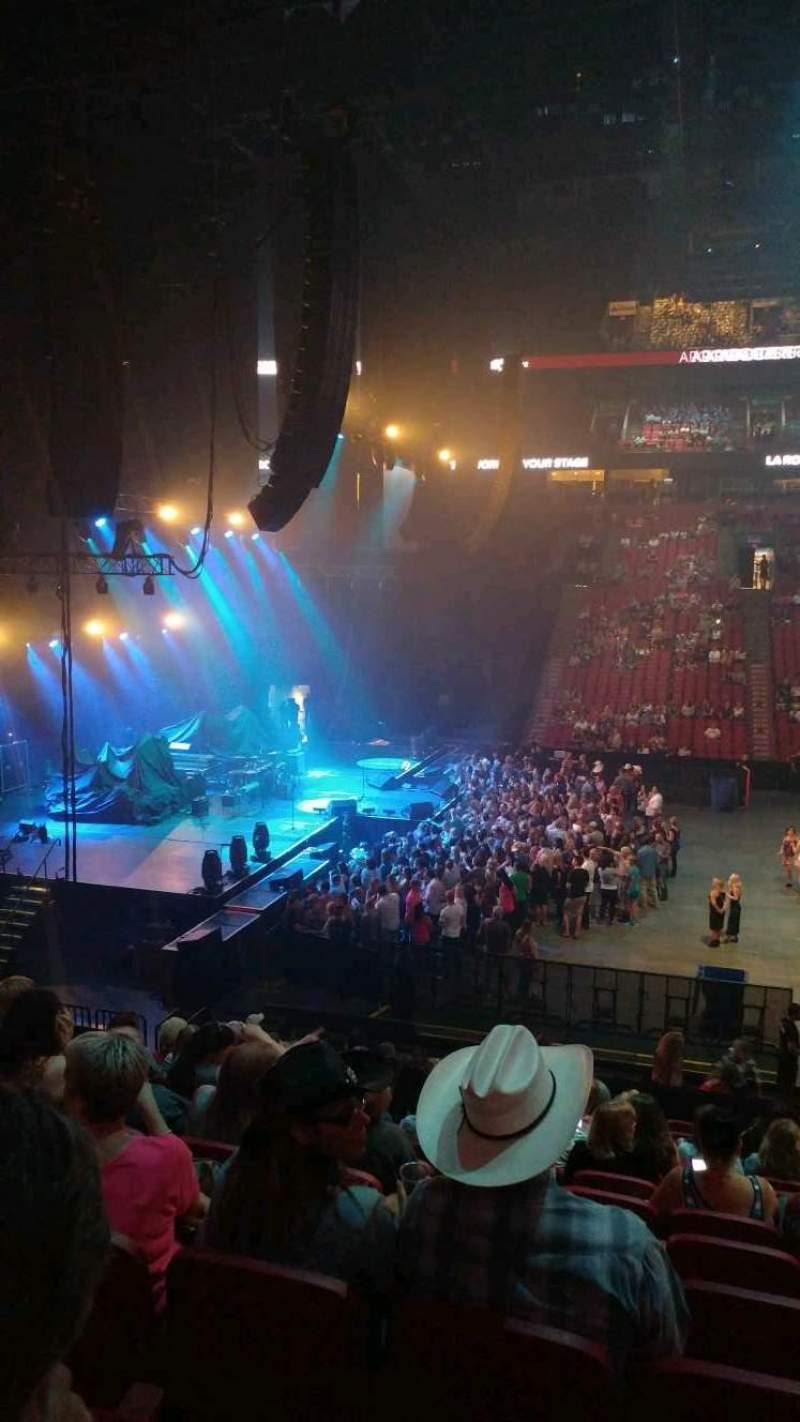 Centre Bell, section: 102, row: M, seat: 4
