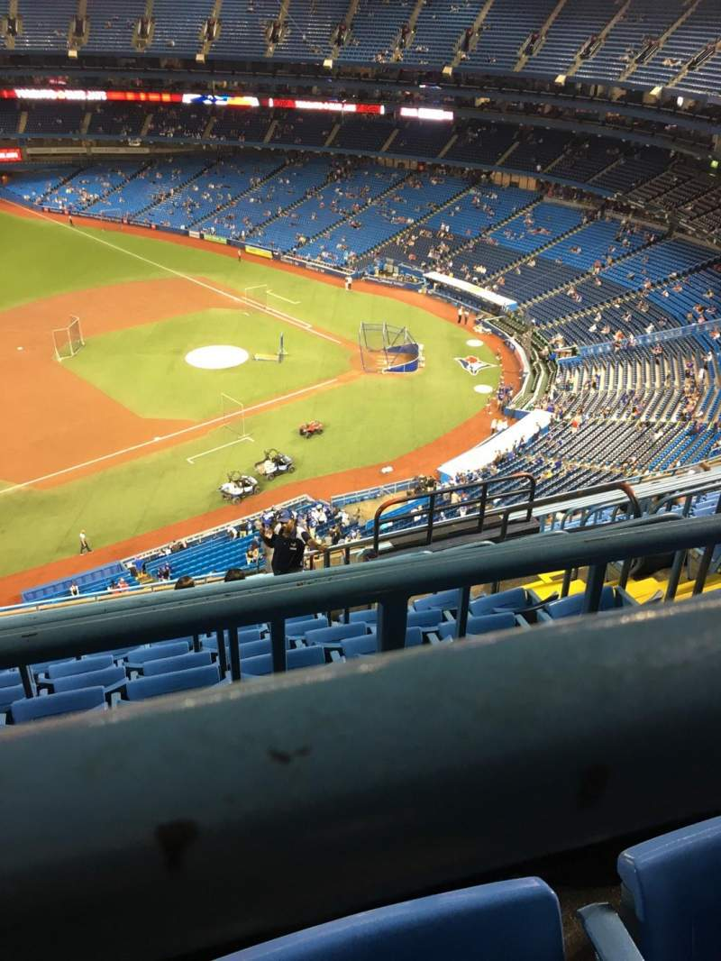 Seating view for Rogers Centre Section 532L Row 16 Seat 106