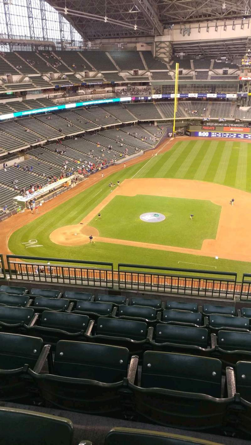 Seating view for Miller Park Section 415 Row 13 Seat 14