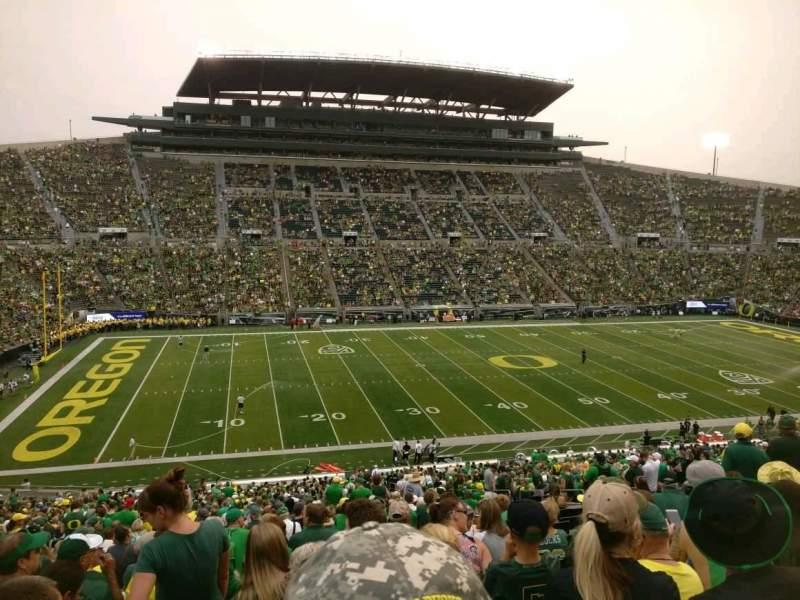Seating view for Autzen Stadium Section 16 Row 60 Seat 15
