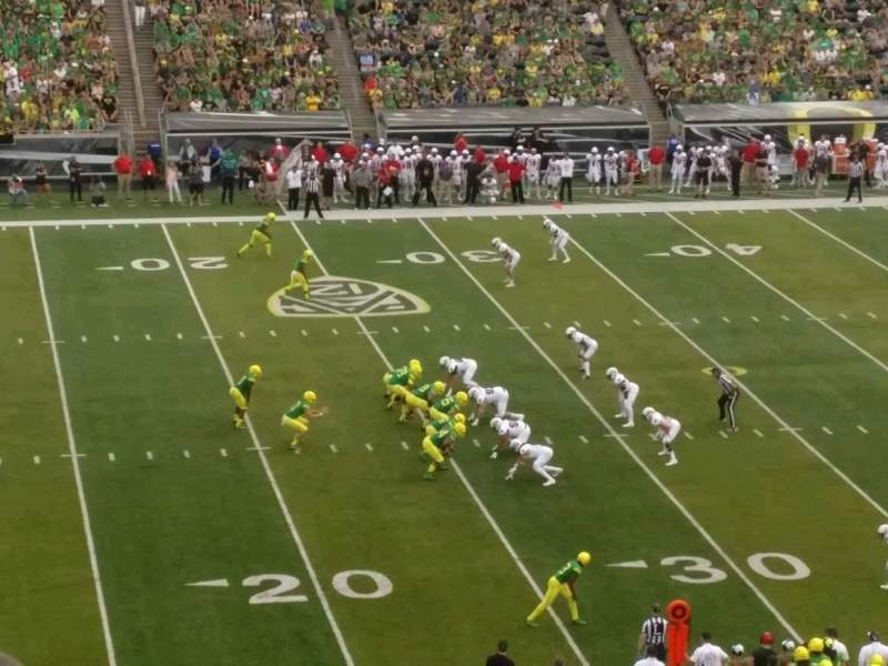 Seating view for Autzen Stadium Section 16 Row 60 Seat 15