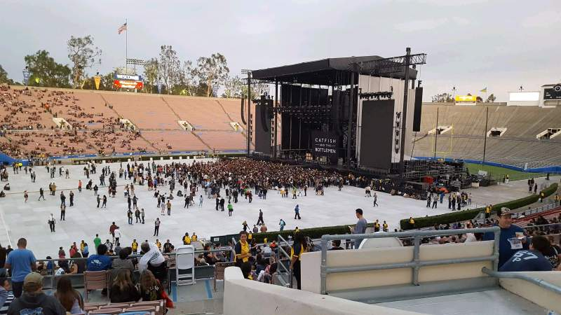 Rose Bowl, section: 18-L, row: 42, seat: 4
