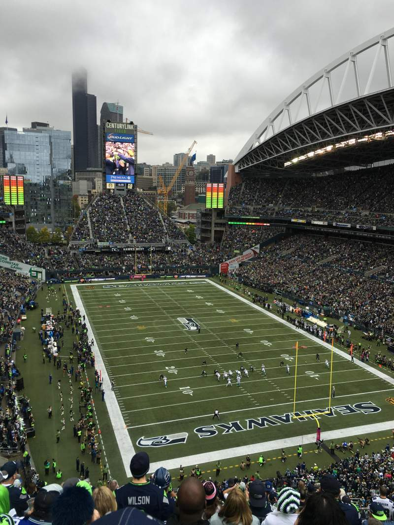 Seating view for CenturyLink Field Section 325 Row M Seat 10