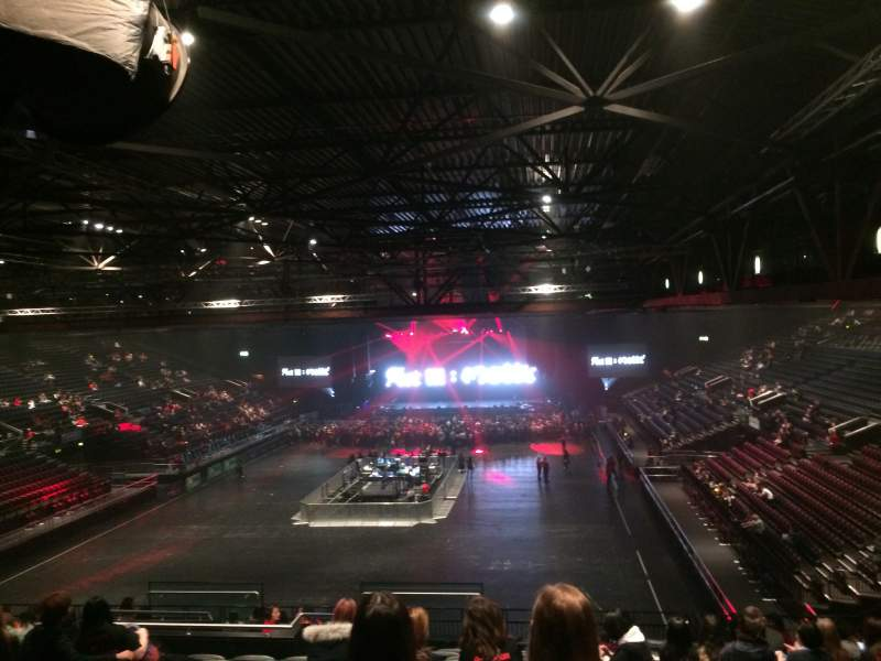 Genting Arena, section: Block 8, row: ZD, seat: 247