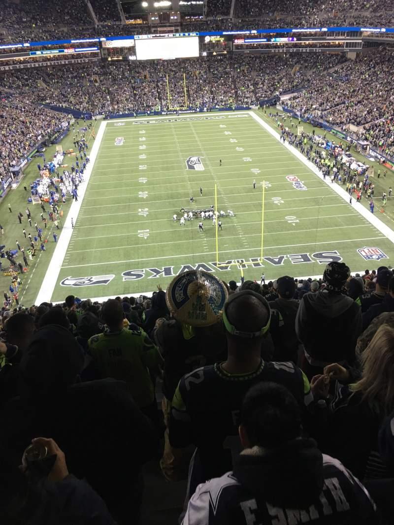 CenturyLink Field, section: 149, row: RR, seat: 20