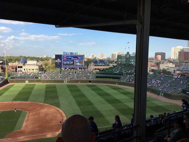 Seating view for Wrigley Field Section 425R Row 5 Seat 13