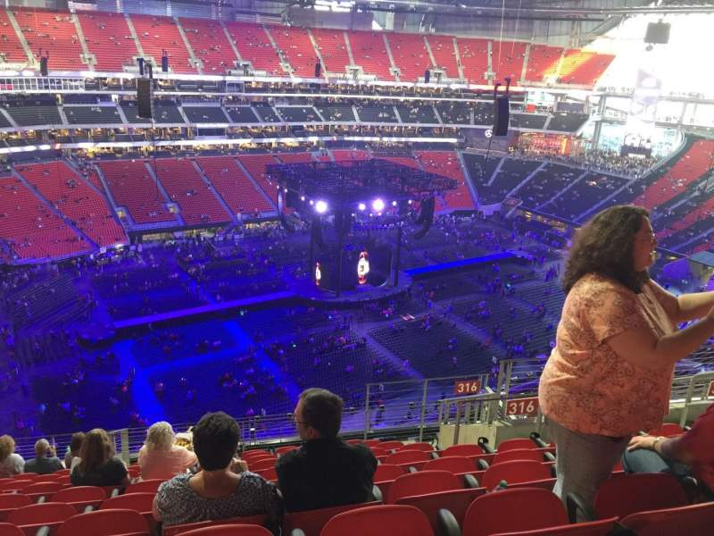 Seating view for Mercedes-Benz Stadium Section 316 Row 13 Seat 9