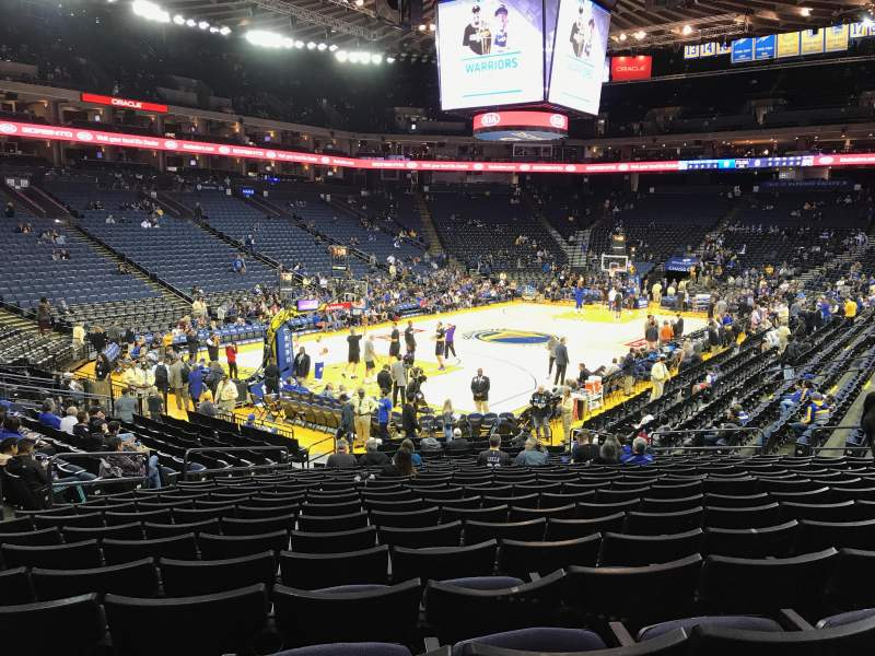Oracle Arena, section: 105, row: 17, seat: 18
