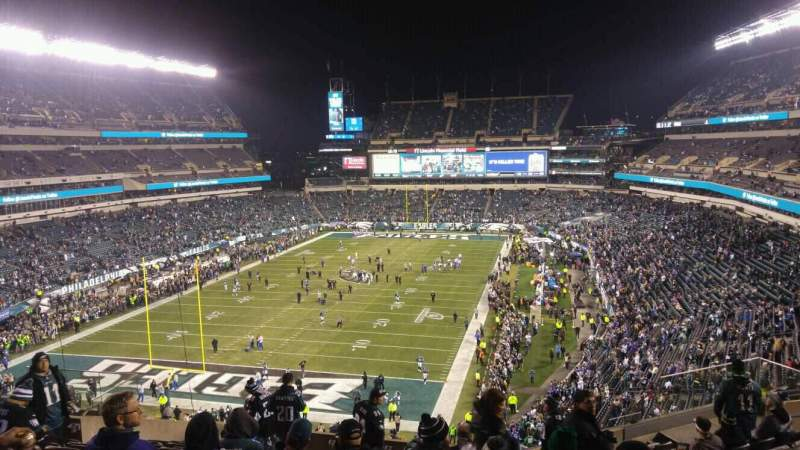 Seating view for Lincoln Financial Field Section M13 Row 17 Seat 18