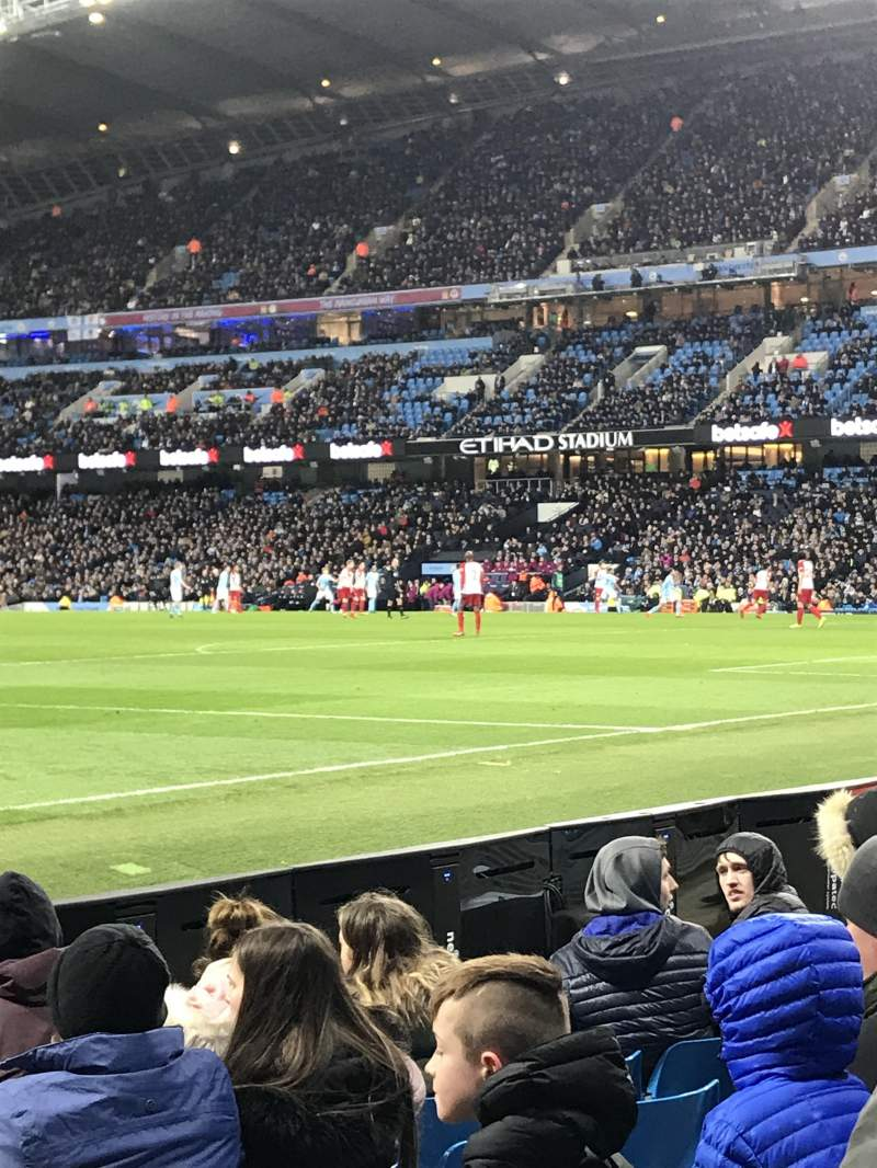 Seating view for Etihad Stadium (Manchester) Section East Row 140