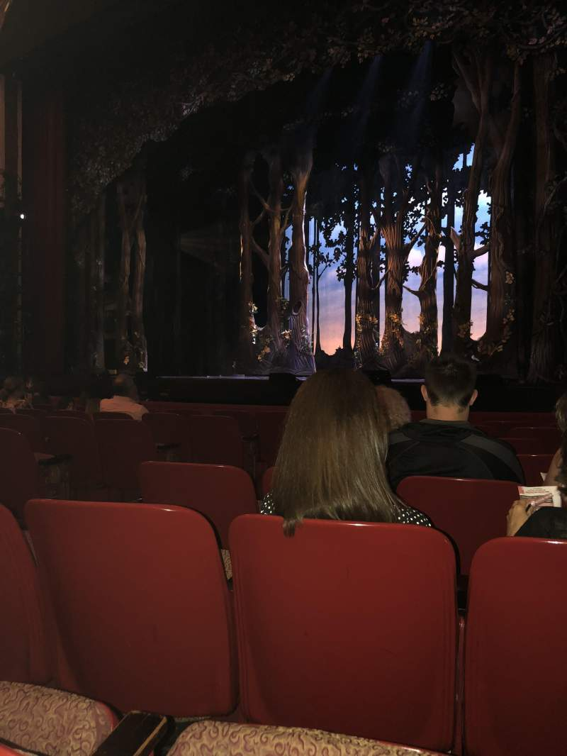 Cadillac Palace Theater, section: Orchestra R, row: H, seat: 10