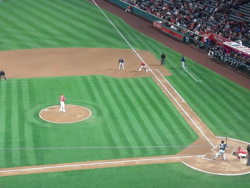 Seating view for Angel Stadium Section V413 Row D Seat 6