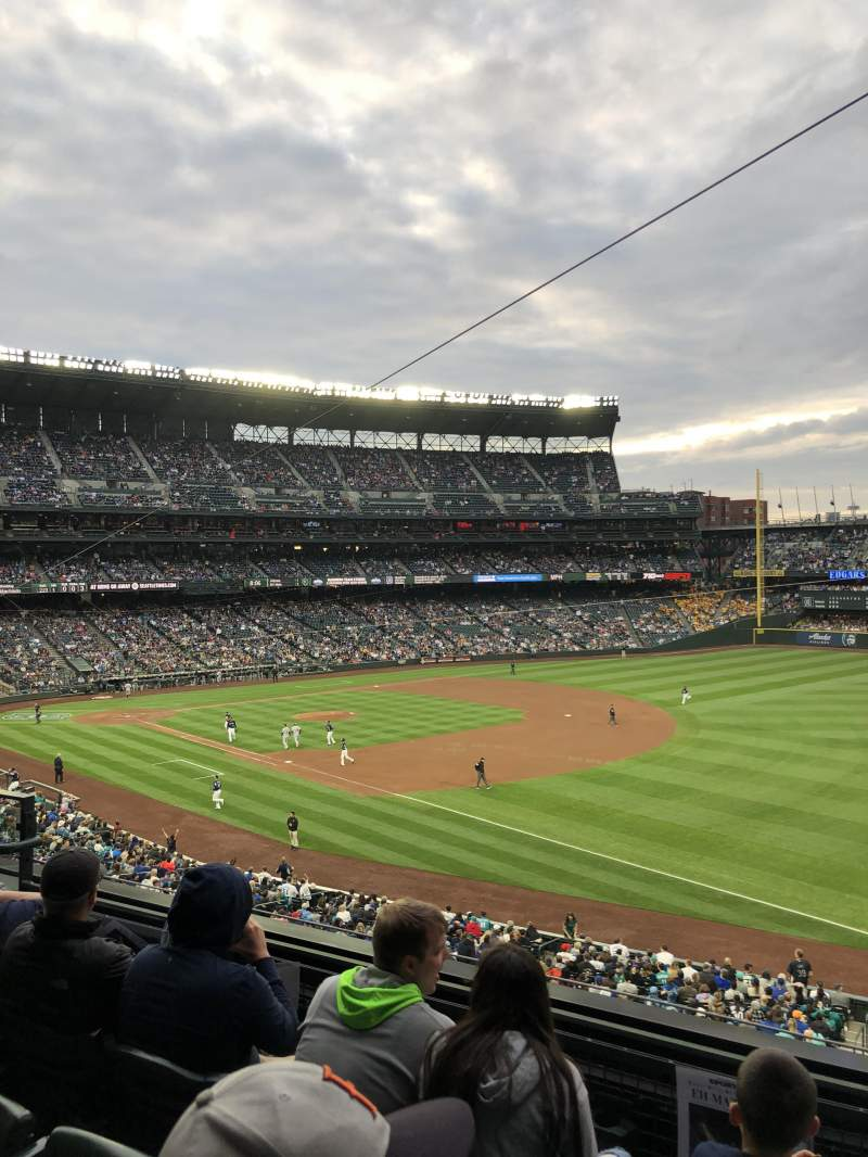 Seating view for T-Mobile Park Section 215 Row 4 Seat 6