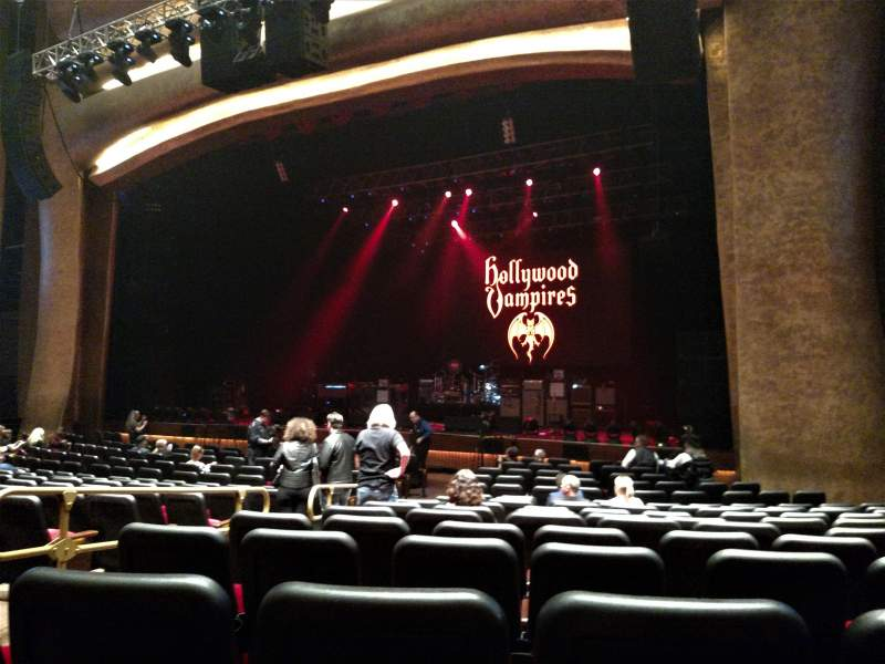 The Grand Theater at Foxwoods, section: ORCH RIGHT, row: R, seat: 8
