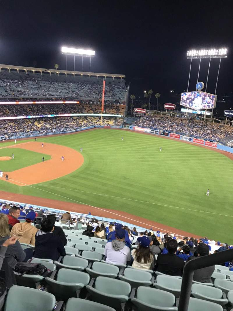 Seating view for Dodger Stadium Section 34RS Row AA Seat 21