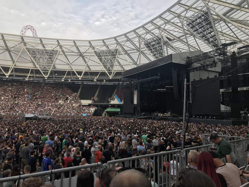 London Stadium, section: 110, row: 11, seat: 263