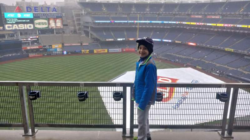 Seating view for Yankee Stadium Section 327 Row 9SR Seat 9