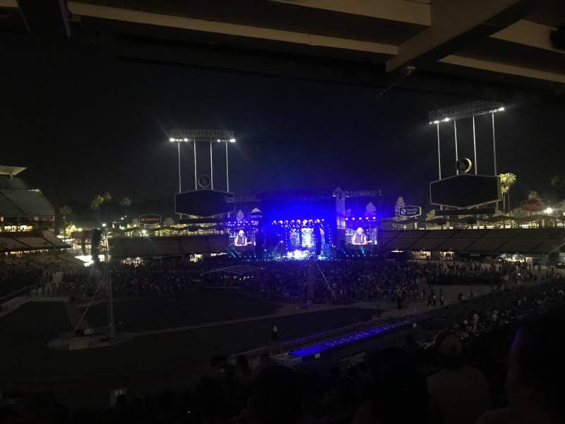 Seating view for Dodger Stadium Section 118LG Row R Seat 2