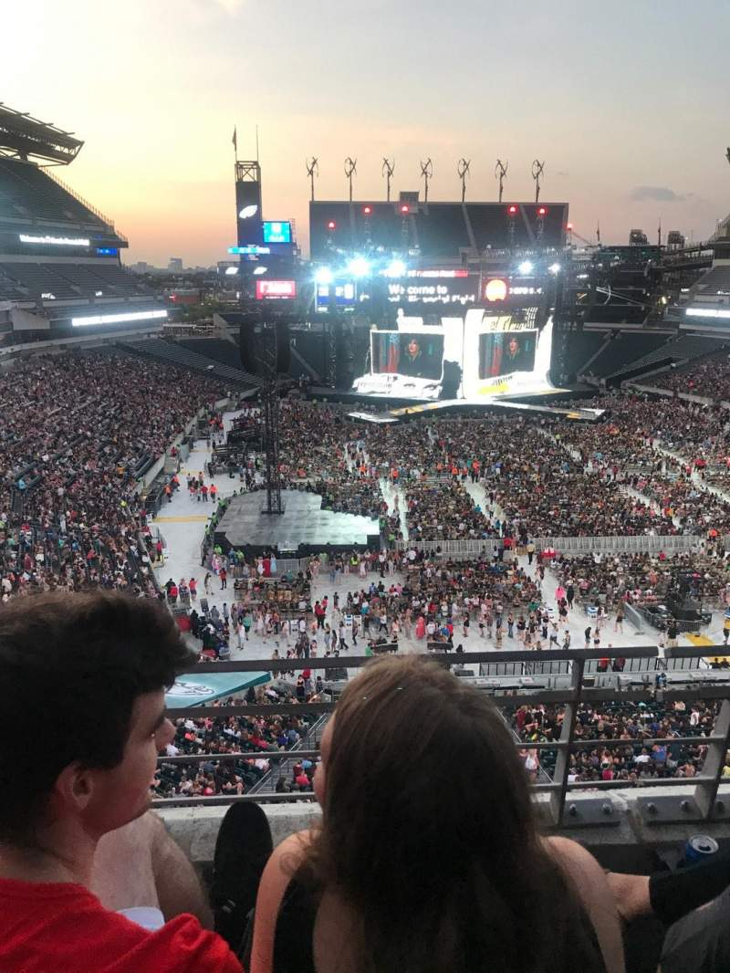 Seating view for Lincoln Financial Field Section M10 Row 14 Seat 28