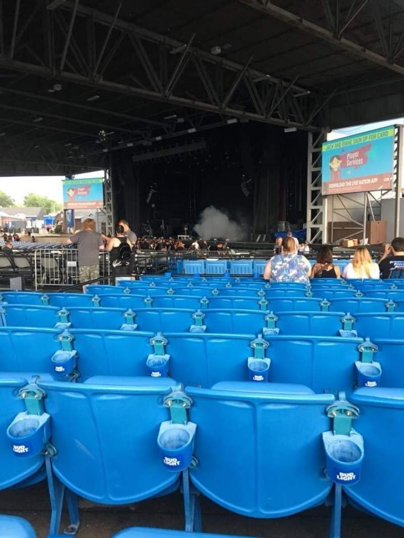 Hollywood Casino Amphitheatre (Maryland Heights), section: Upper right, row: JJ, seat: 14