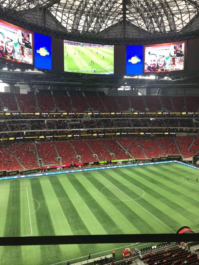 Mercedes-Benz Stadium, section: 343, row: 1, seat: 3