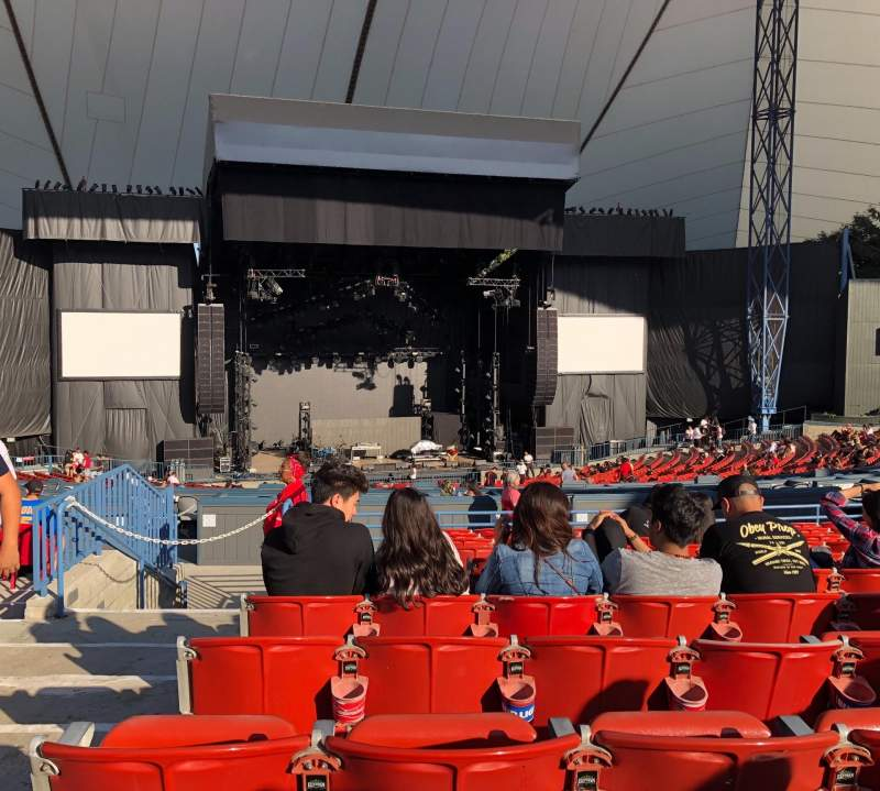 Shoreline Amphitheatre, section: 202, row: K, seat: 52