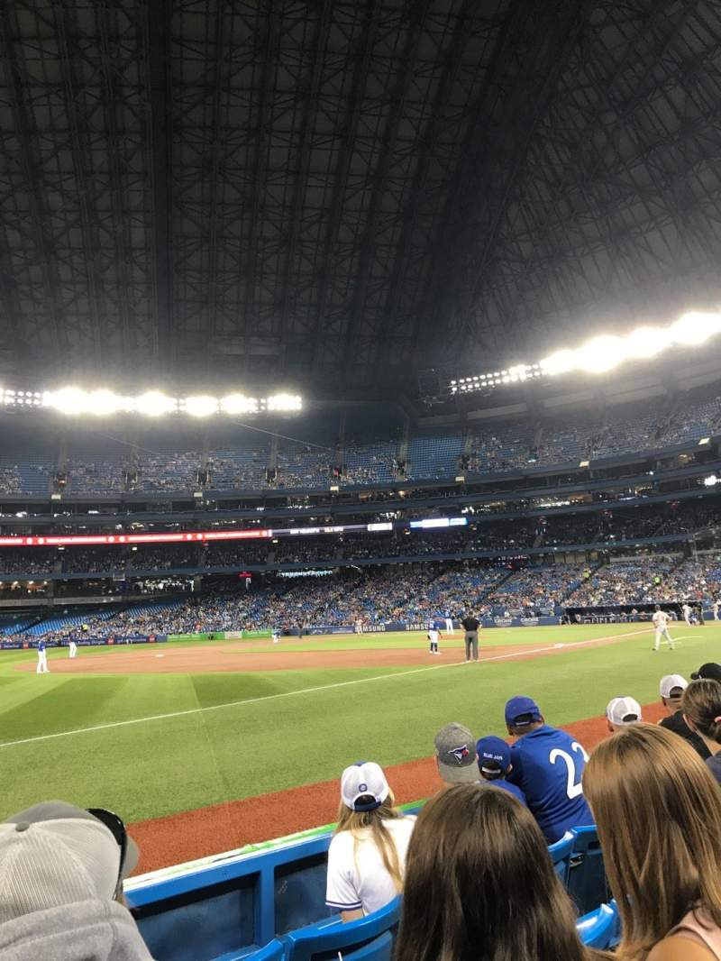 Rogers Centre, section: 130BR, row: 4, seat: 9