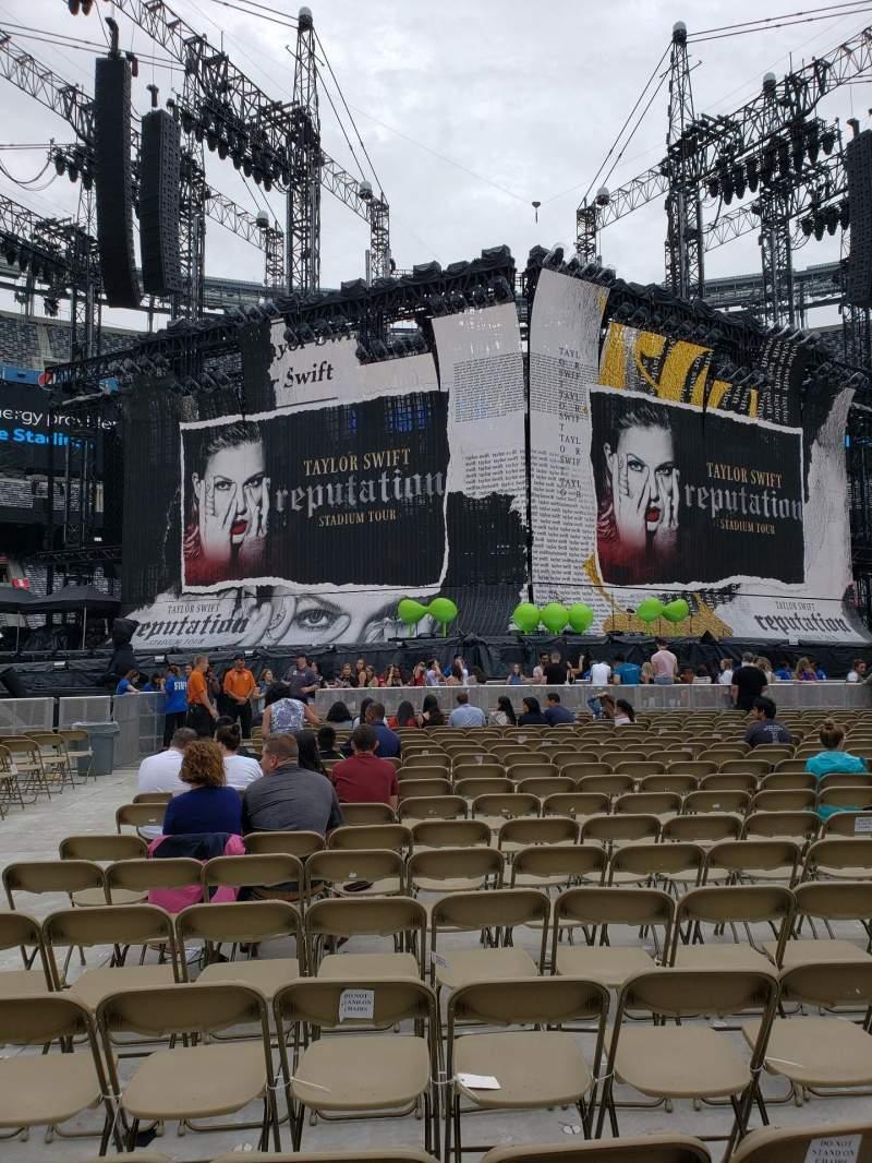 MetLife Stadium, section: 5, row: 20, seat: 27