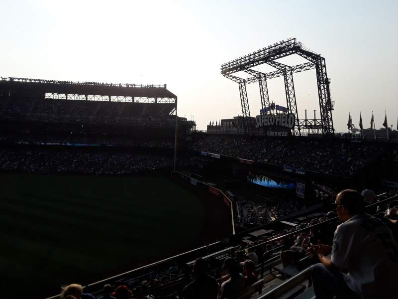 Seating view for T-Mobile Park Section 195 Row 16 Seat 11