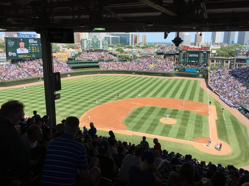 Seating view for Wrigley Field Section 413L Row 9 Seat 14