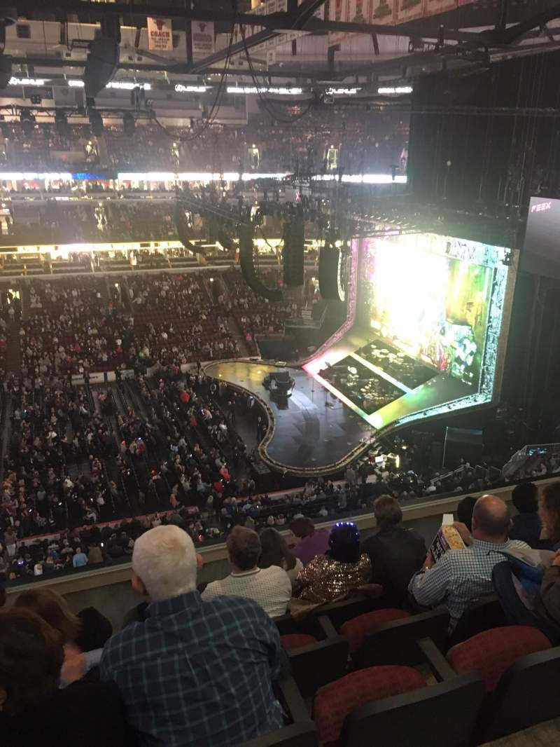 Seating view for United Center Section 334 Row 6 Seat 12