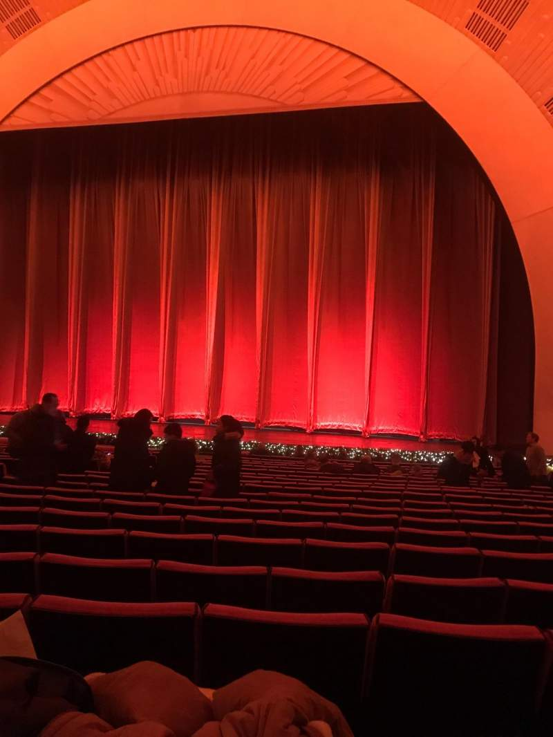 Radio City Music Hall, section Orchestra 3, row Uu, seat 305