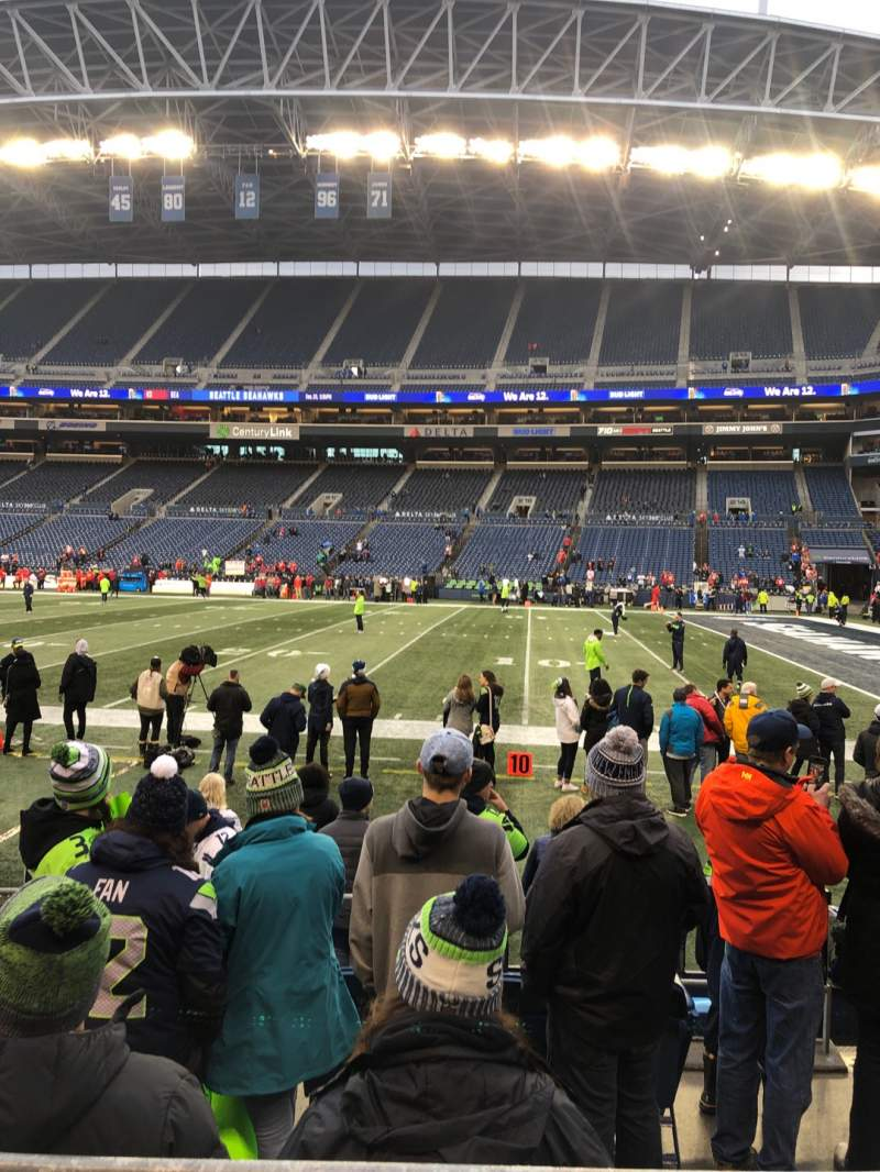 Seating view for CenturyLink Field Section 132 Row F Seat 7