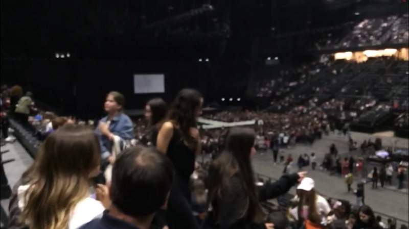 Seating view for AccorHotels Arena Section R Row 10 Seat 16