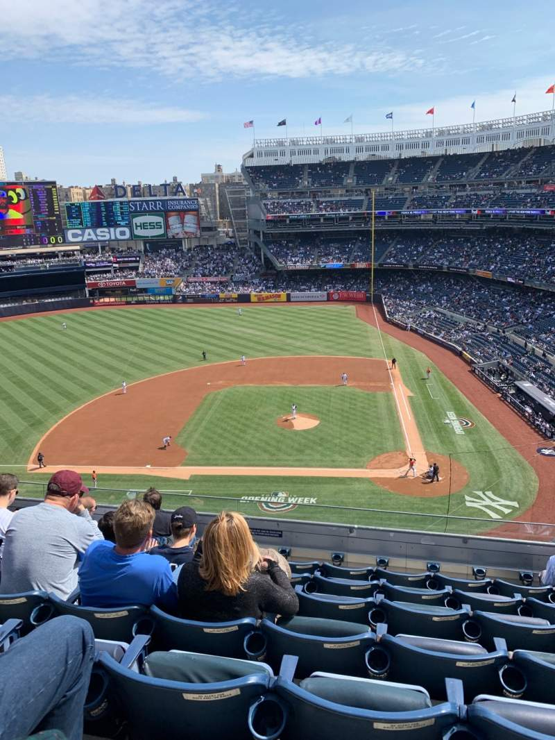 Seating view for Yankee Stadium Section 323 Row 7 Seat 8