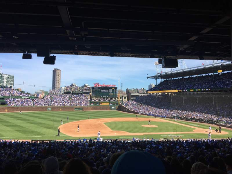 Seating view for Wrigley Field Section 210 Row 13 Seat 10