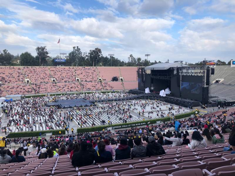 Seating view for Rose Bowl Section 17-H Row 68 Seat 113