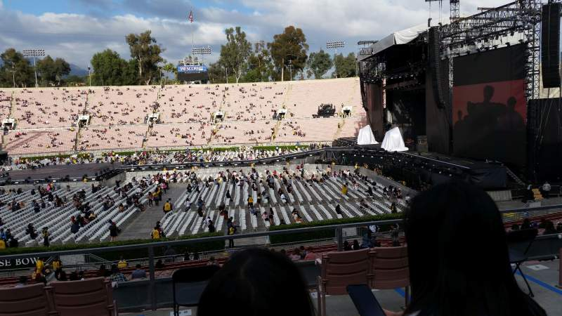 Seating view for Rose Bowl Section 19-H Row 33 Seat 112