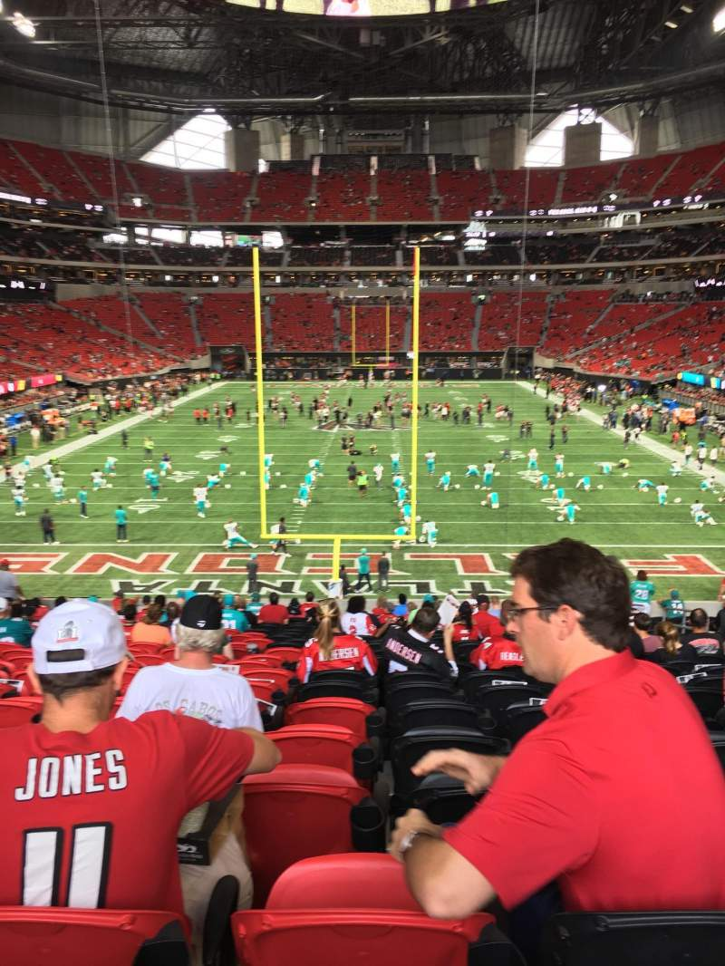 Seating view for Mercedes-Benz Stadium Section 101 Row 33