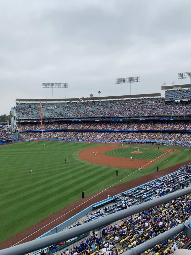 Seating view for Dodger Stadium Section 43RS Row B Seat 16