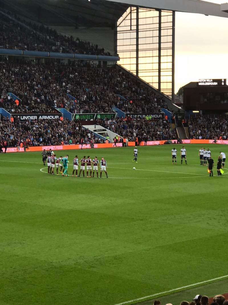Seating view for Villa Park Section M2 Row G Seat 87