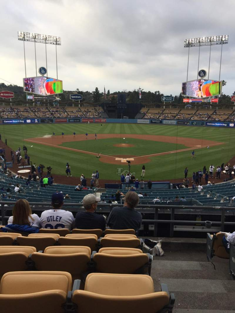 Seating view for Dodger Stadium Section 101LG Row F Seat 1