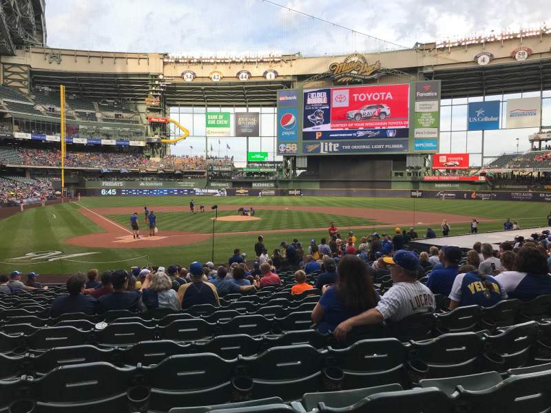 Seating view for Miller Park Section 116 Row 18 Seat 14
