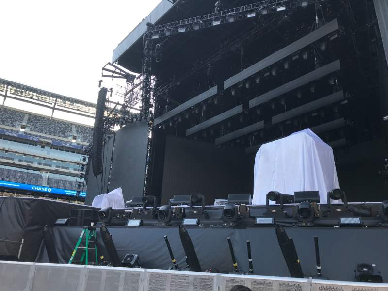 Seating view for MetLife Stadium Section Floor 2 Row 4 Seat 6