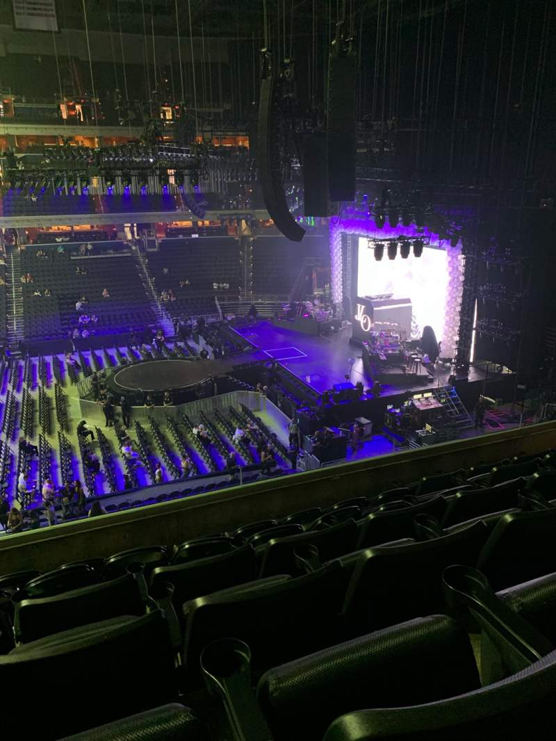 Seating view for Capital One Arena Section 216 Row F Seat 6